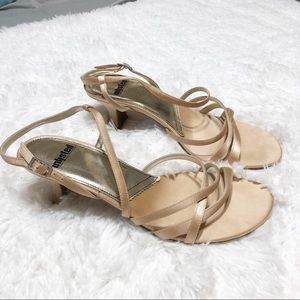 Unlisted by Kenneth Cole Strappy Sandals 9